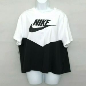 Nike T shirt Size 1X Slim Fit Short Sleeve